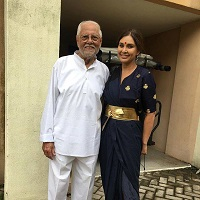 L.K. Dutta with lisa ray